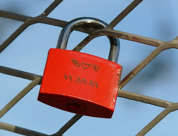 Love Castle Lock Engraving Carving Padlock Love Da