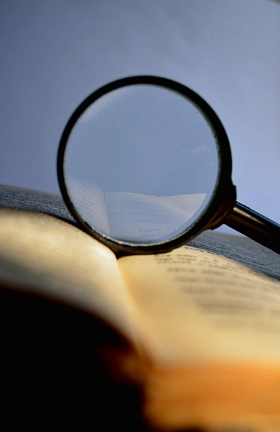 Magnifier Loupe Magnifying Glass Study Book Volume