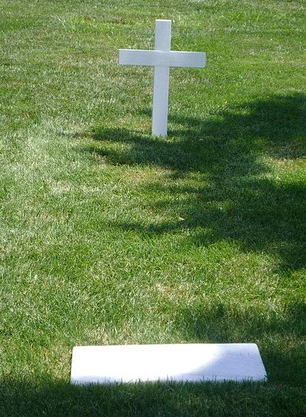 Robert F Kennedy Grave Serious Arlington Cemetery