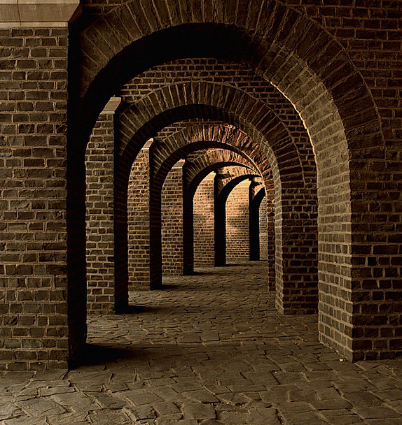 Vaulted Cellar Monuments Channel Places Arches Arc