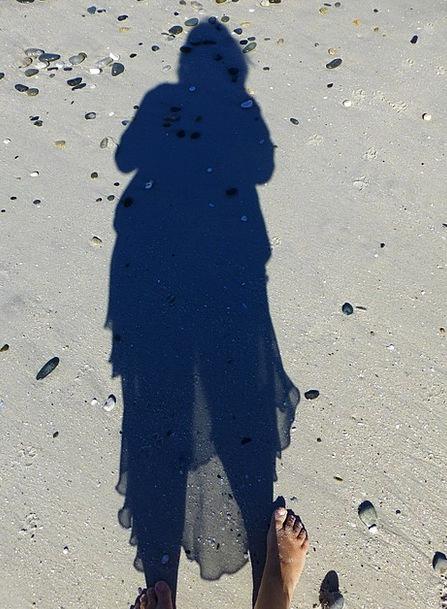Shadow Gumshoe Vacation Seashore Travel Sand Shing