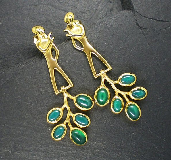 Gems Jewelries Communication Computer Taken Occupi