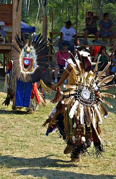 Powwow Innate Dancer Ballerina Native Feathered Tr