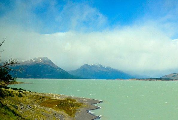 Calafate Ponds Argentina Lakes