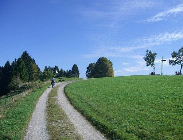 Ellegghoehe Wanderer Nomad Summit Cross Allgäu Awa