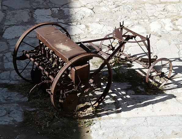 Tractor Traffic Ancient Transportation Companions