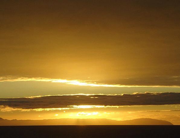 Catalina Vacation Sundown Travel Gold Gilded Sunse
