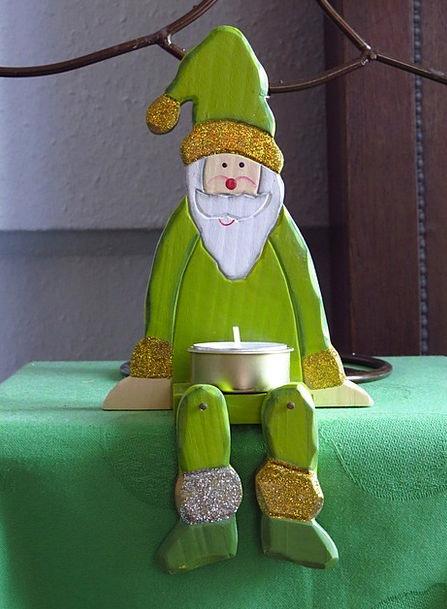 Santa Claus Lime Sitting Sedentary Green Tealight