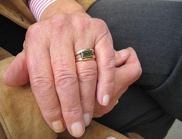 Fold Crinkle Fashion Pointer Beauty Finger Digit H