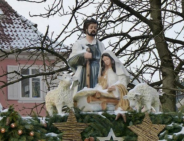 Weihnachtasmarkt Figurine Maria Statue Bible Josep