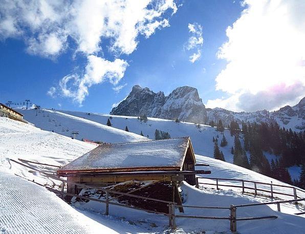 Mountain Crag Landscapes Shed Nature Snow Snowflak
