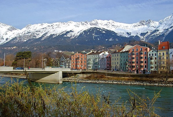 Innsbruck Buildings Crags Architecture Homes Famil