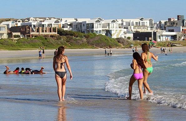 Girl Lassie Bikini Two-piece Young Women Beach Sea