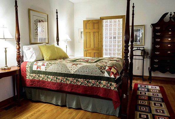 Bedroom Boudoir Coverlet Bed Divan Quilt Valet Fou