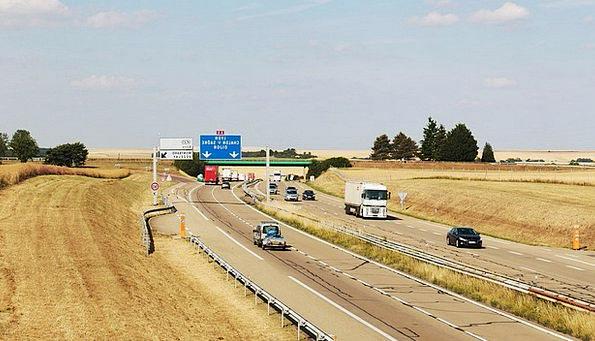 Highway Thoroughfare Traffic Transportation Automo