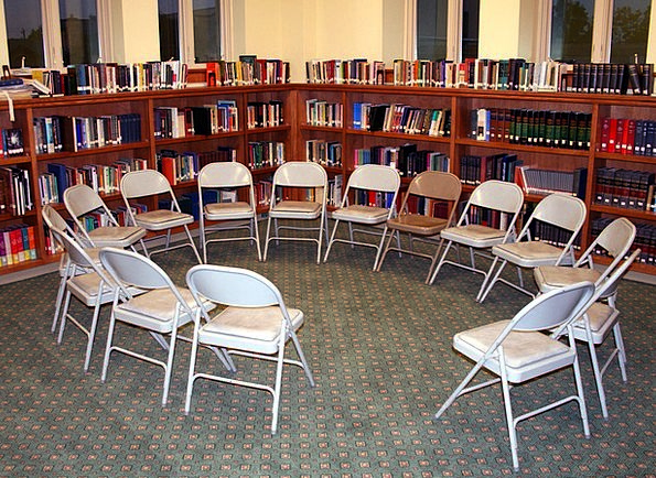 Chairs Seats Ring Library Public library Circle Di