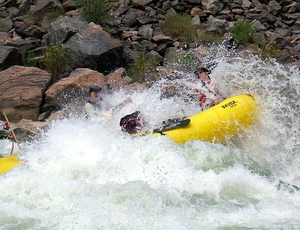 Rafting Pushing Foam Adventure Escapade Whitewater