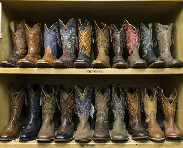 Cowboy Boots Finance Defers Business Styles Panach