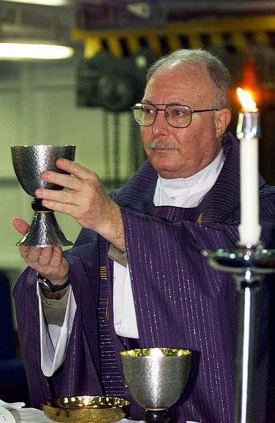 Priest Minister Form Roman Catholic Mass Faith Con