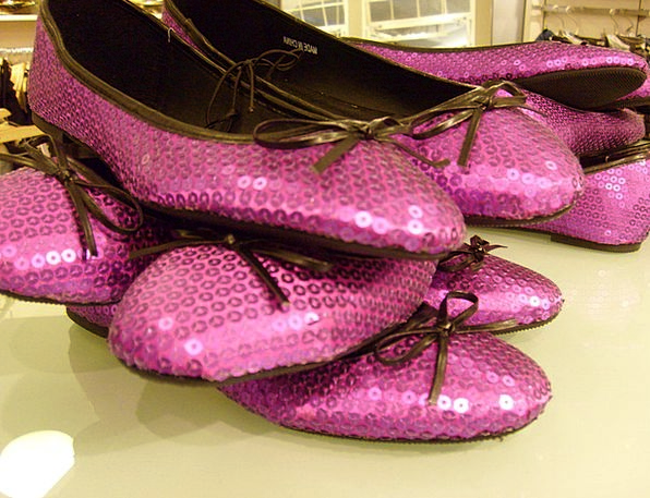 Shoe Fashion Show Beauty Purple Elaborate Display