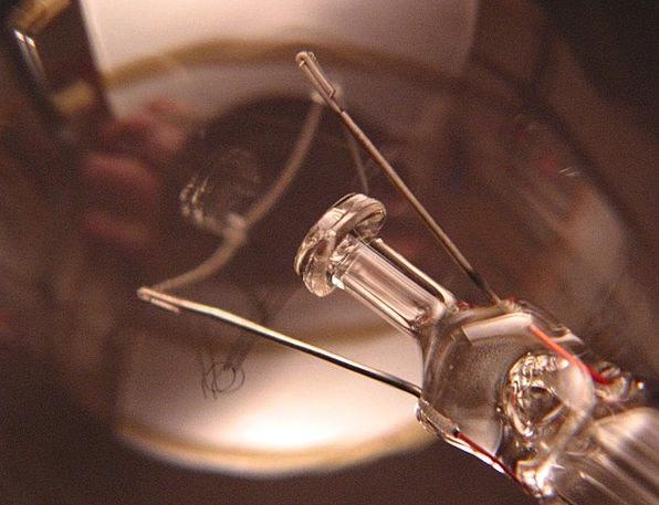 Light Bulb Uplighter Light Bright Lamp Glass Cut-g