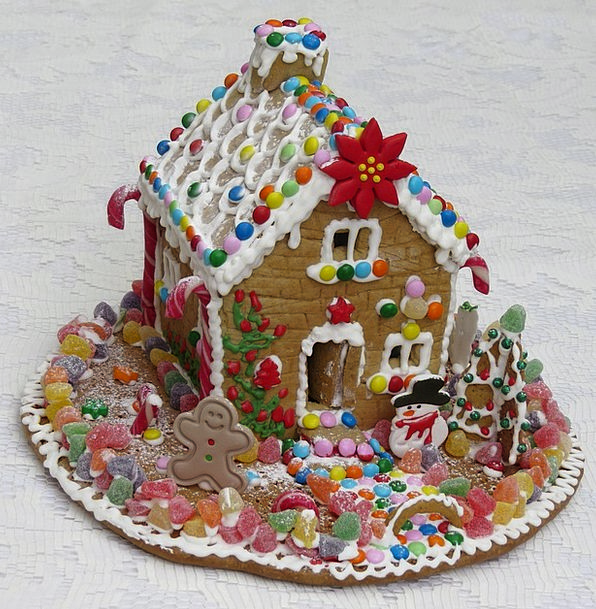 Gingerbread House Pie Gingerbread Pastry Candy Bon