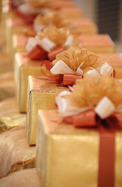 Gifts Handouts Gold Gilded Presents Package Set Ri