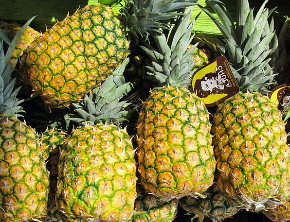 Pineapples Drink Food Produce Crop Farmers Market