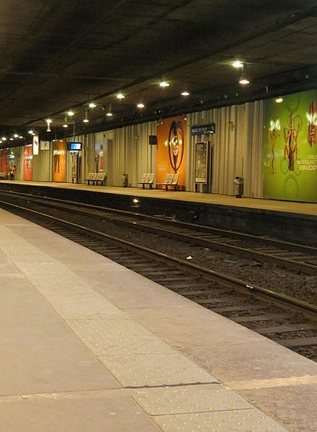Metro Station Track Path Paris