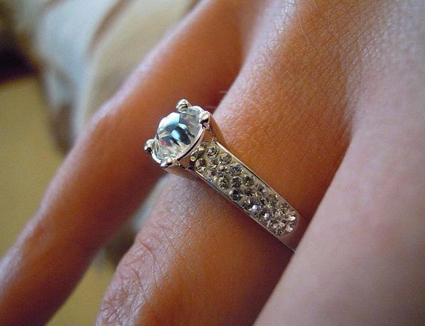 Ring Circle Jewels Crystals Minerals Jewelry Celeb