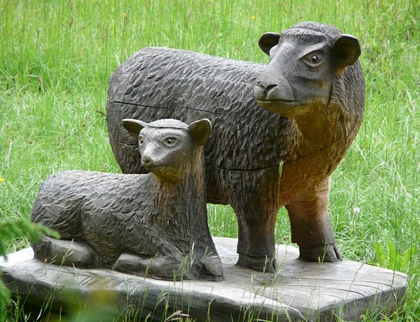Sheep Ewe Carving Model Schäfchen Wood Timber Wood