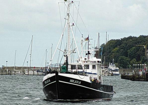 Ship Vessel Gumboot Rügen Boot Sassnitz Port Kahn