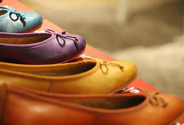 Shoes Hue Colorful Interesting Color Sale Auction