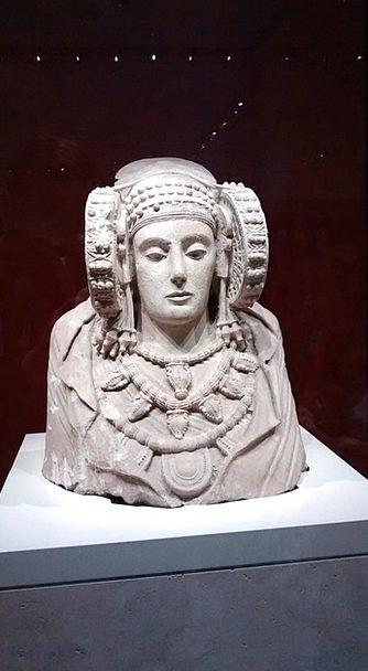 Lady Of Elche Buildings Architecture Sculpture Sta