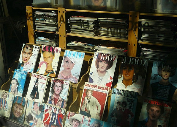 Magazine Fortnightly Fashion Periodical Beauty Mag