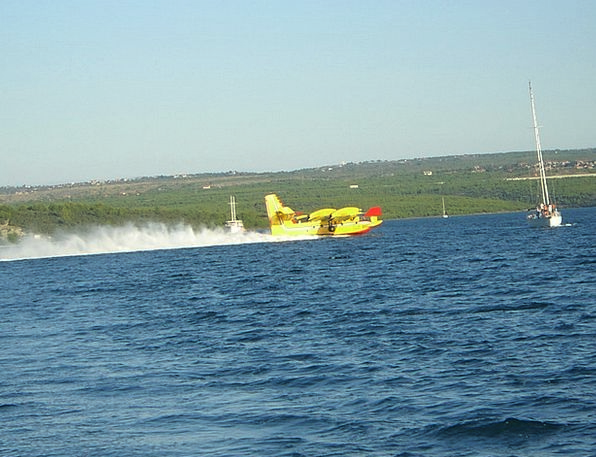 Aircraft Airplane Use Usage Fire Fighting Aircraft