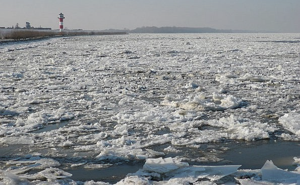 Winter Season Landscapes Stream Nature Ice Floes R