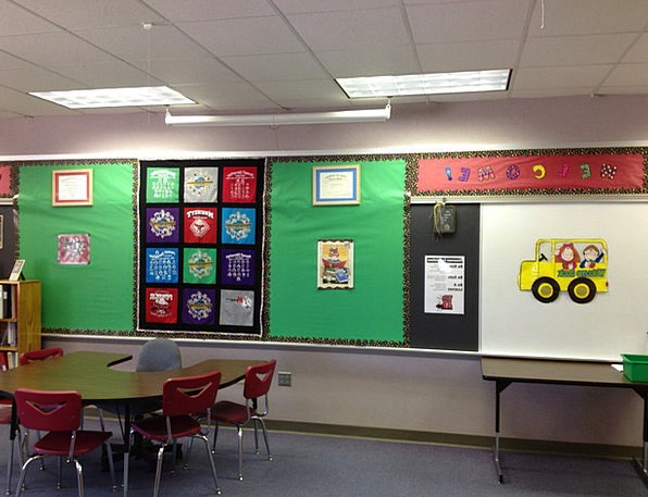 Classroom Schoolroom University Learn Study School