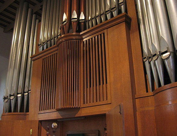 Church Ecclesiastical Structure Organ Whistle Orga