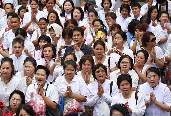 Women Females Praying Requesting Buddhists More Th