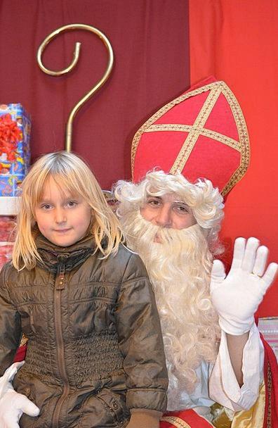Saint Nicholas Child Youngster Sint Nicolaas Girl