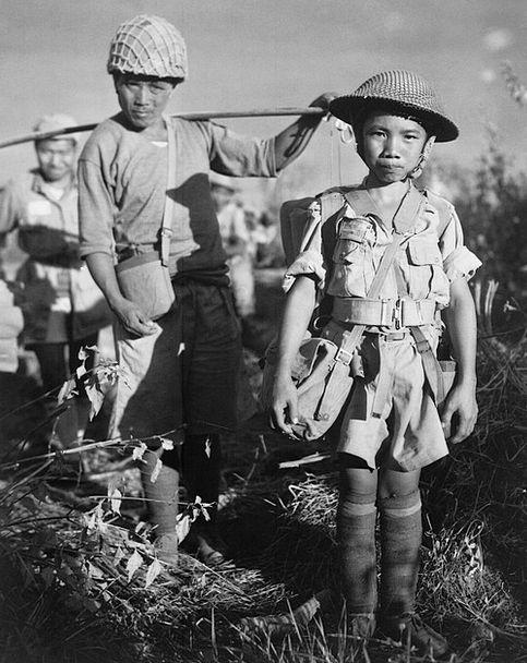 Child Soldiers Conflict China Porcelain War Black