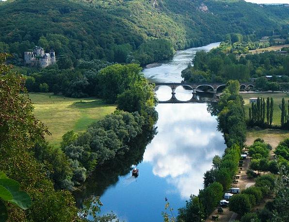 Dordogne Winery Castle Fortress Chateau River Stre