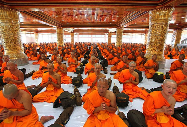 Temple Shrine Friars Pray Request Monks People Bud
