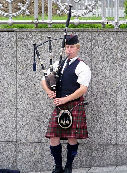 Scotland Bagpipes Piper Kilt Skirt Edinburgh Music