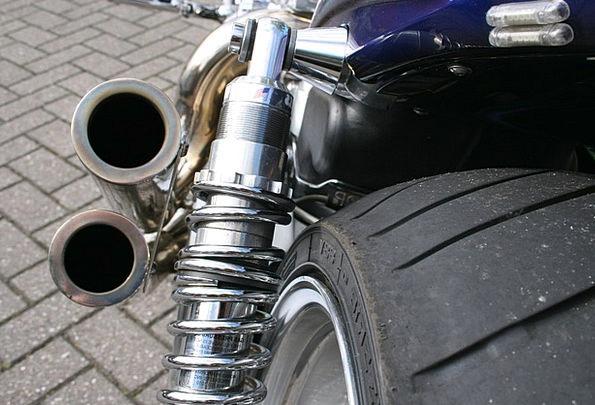 Motorbike Bike Exhaust Superbike Tire Exhaust Pipe