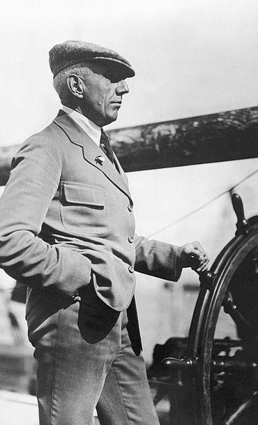 Captain Head Expedition Voyage Roald Amundsen Nort
