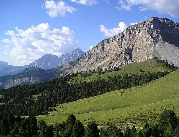 Sassolungo Mountains Crags Plattkofel Dolomites So