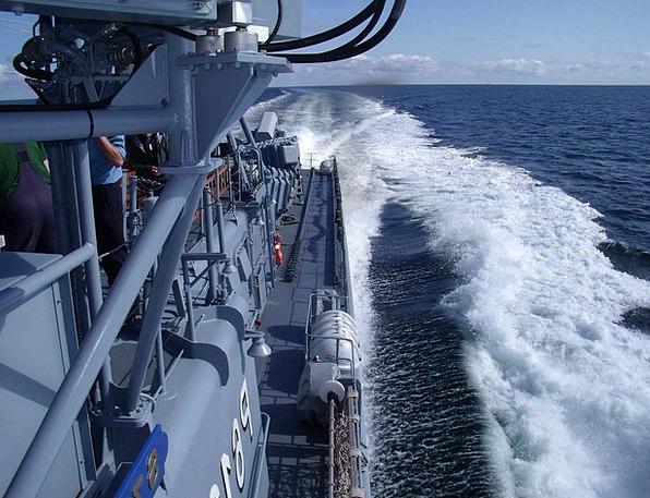 Speedboat Motorboat Full Ride Ahead Weasel Waters