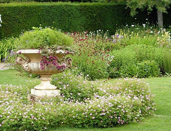 Flowers Plants Plot Urn Vase Garden Stoneware Eart